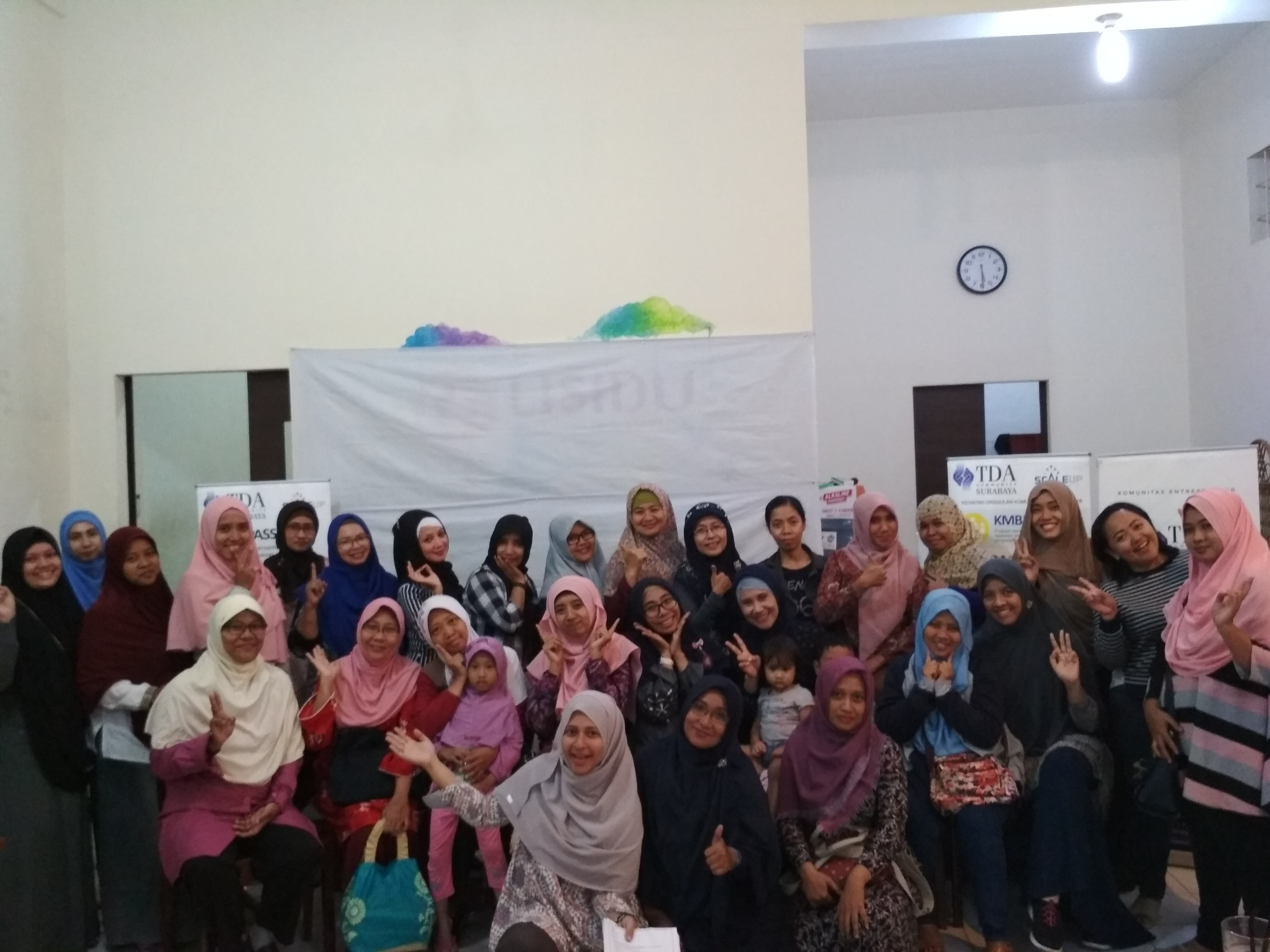 "TDA PEREMPUAN – TDA SURABAYA ""Momspreneur: Happy Family & Success Business"" Bersama Cholifah – Hijab Khayra"